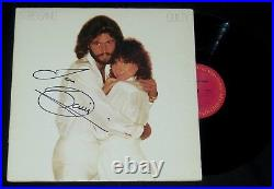 BARRY GIBB AUTOGRAPHED VINYL ALBUM COVER (STREISAND GUILTY) With COA! BEE GEES